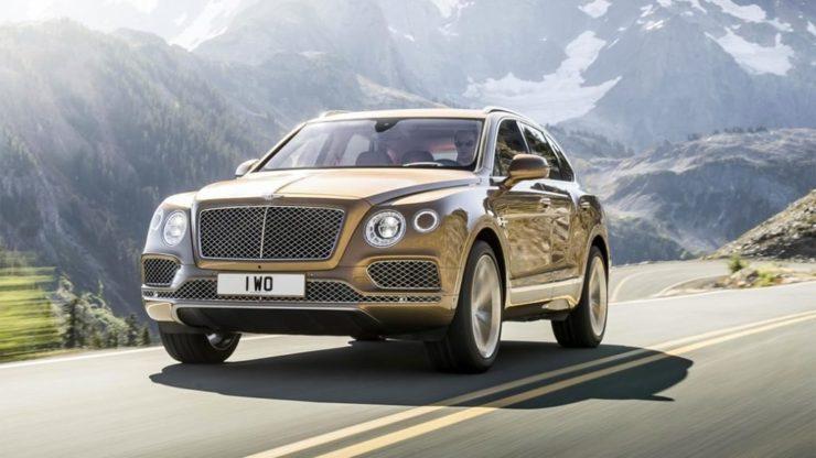 Bentley приспособила новый джип для дачников