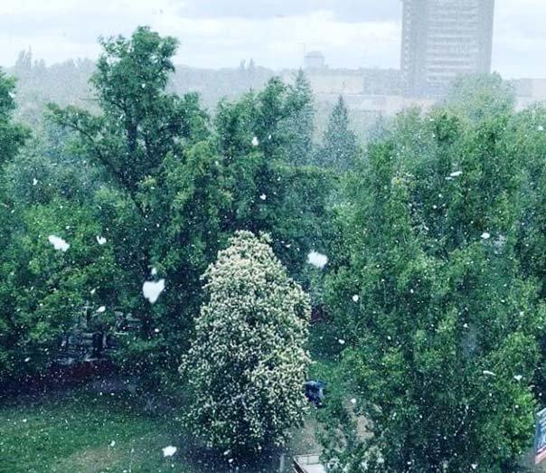 Снег в средине мая в Киеве.