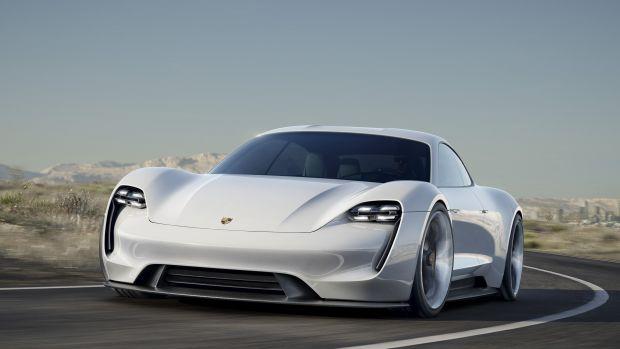 Porsche_электрокар